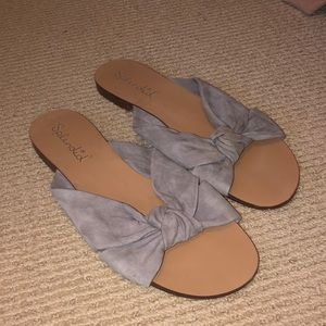 Grey slides with knotted top